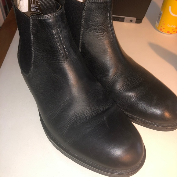 Clarks Mens Hinman Chelsea Boots Black